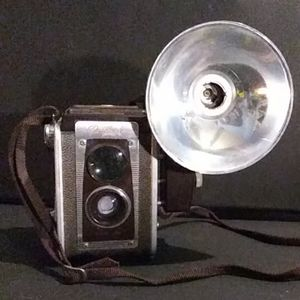Kodak duaflex IV camera w/ kodalite IV flasholder